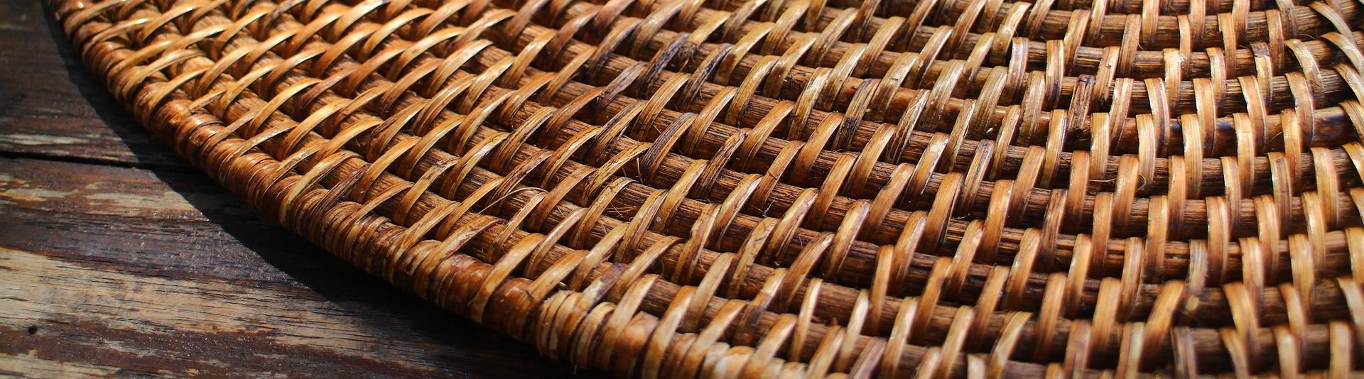 Tische aus Bambus
