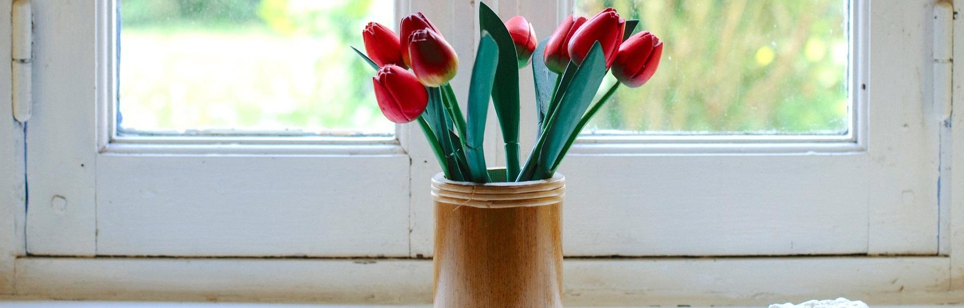 Vasen aus Bambusholz